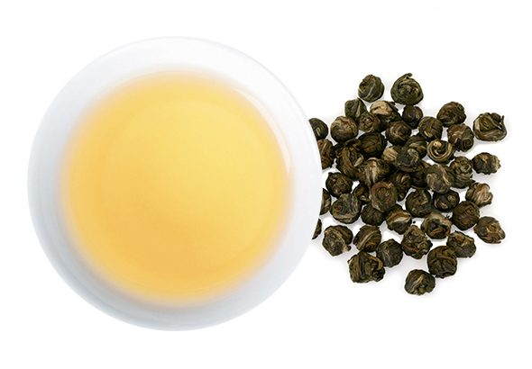 茉莉花茶 龍珠(ジャスミンチャ リュウシュ)の水色