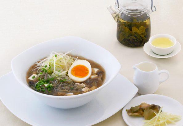 じゅん菜のあんかけ凍頂烏龍茶ご飯 イメージ